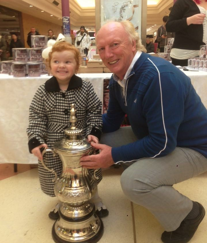 Fans Museum at the Bridges with Micky Horswill